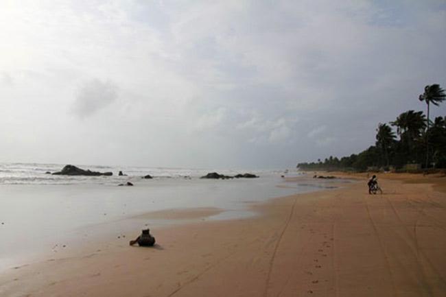 playas en birmania iati seguros