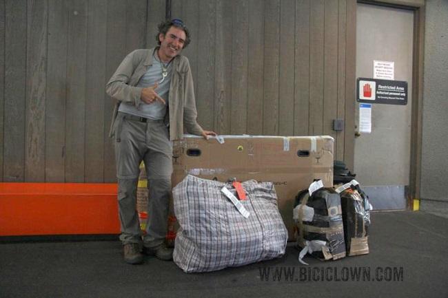 Como-empaquetar-una-bici-para-viajar-en-avión