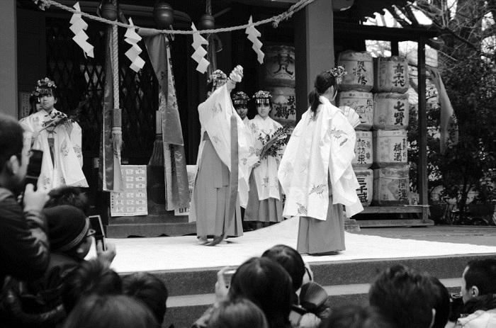 6 festivales del mundo que te sorprenderan - Festival del pene de metal - Japón