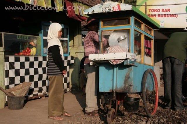 Consejos-para-comer-por-el-mundo-para-viajeros-low-cost