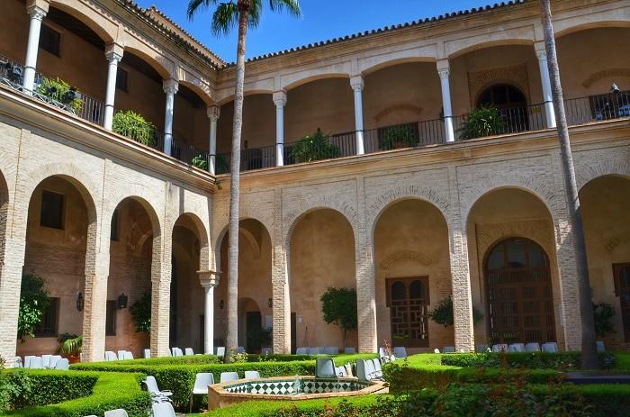palacio-de-los-marqueses-de-la-algaba
