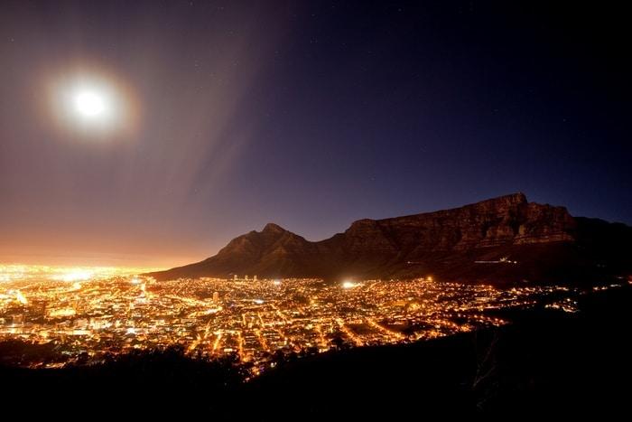 es seguro viajar a Sudáfrica