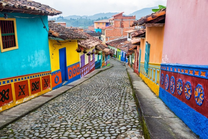 es seguro viajar a Colombia