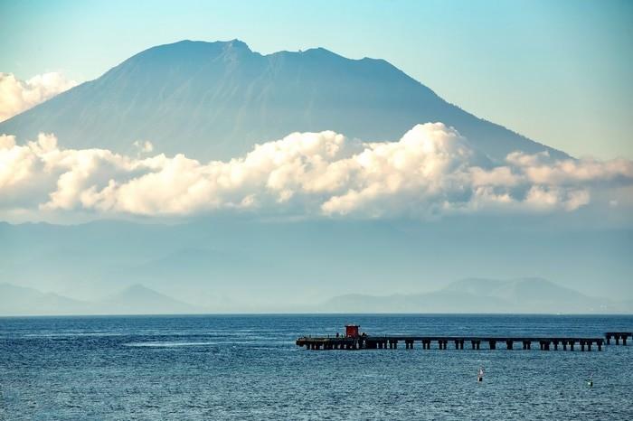 Volcán Agung desde Nusa Penida