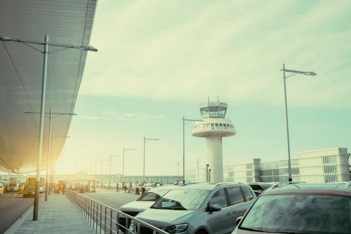 aparcar barato en aeropuerto