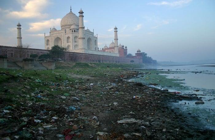 expectativa vs realidad Taj Mahal por detrás