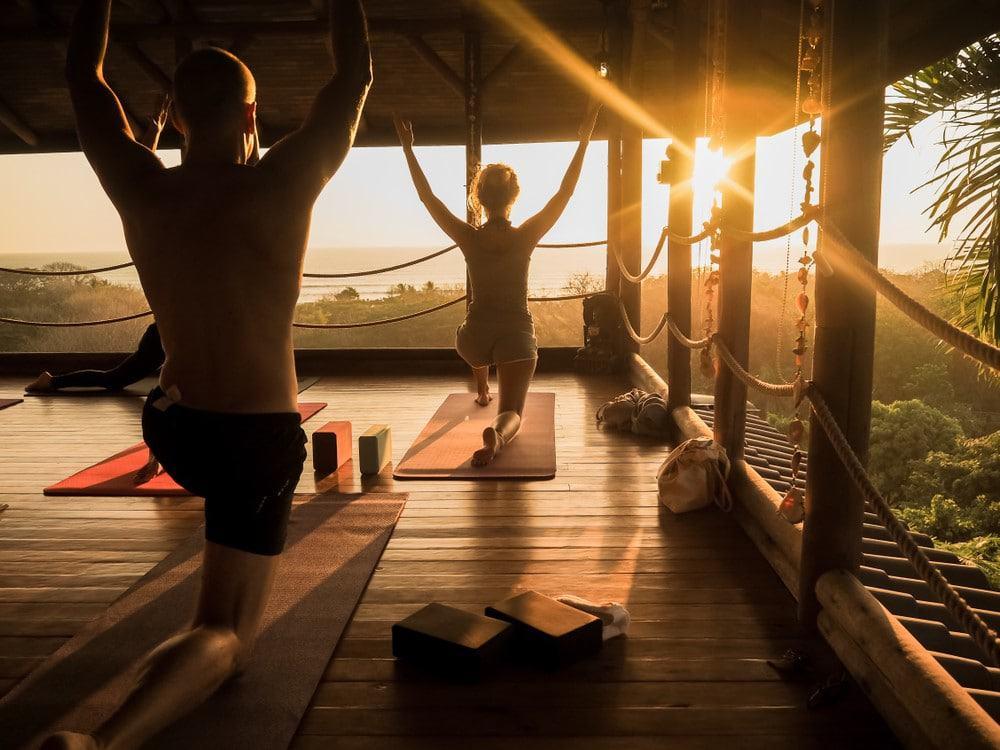 practicar yoga en Costa Rica