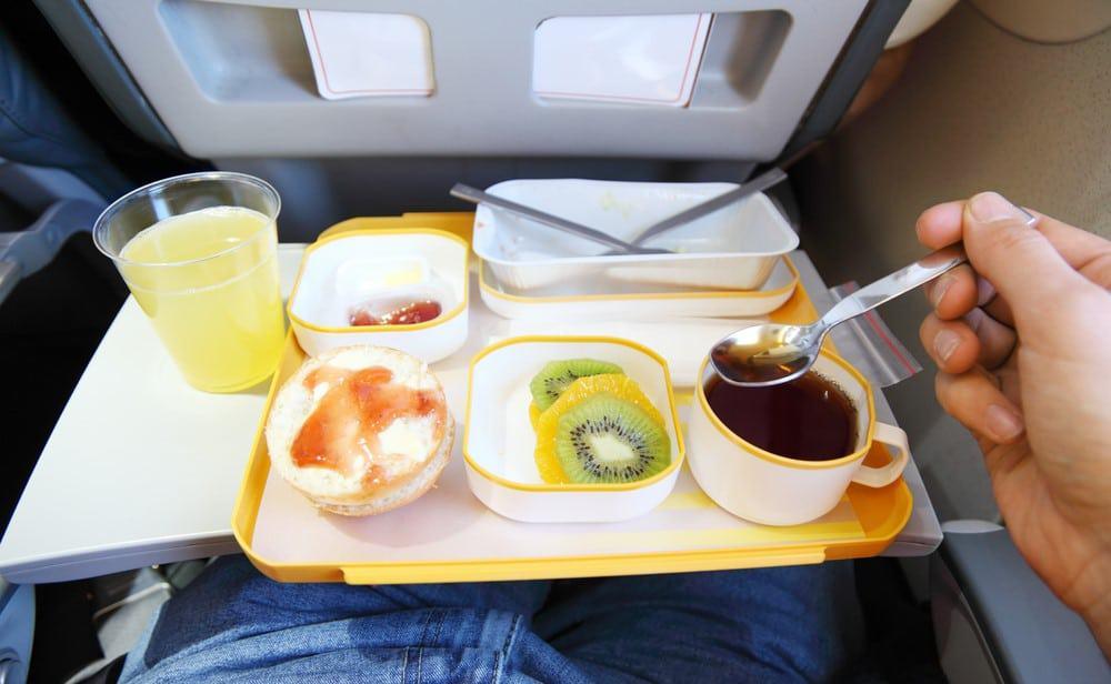 comer en avión sin lactosa