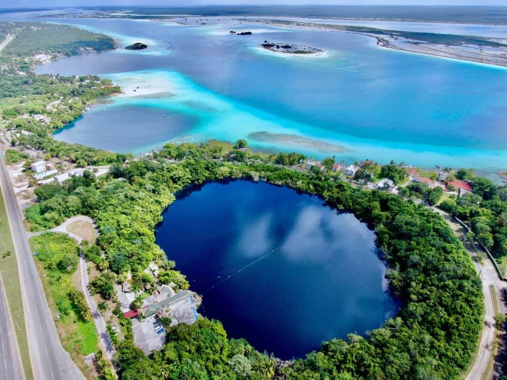 la preciosa Laguna de Bacalar