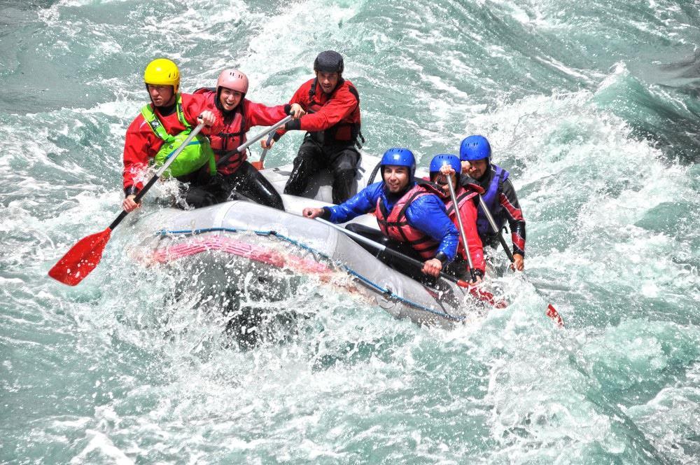 deportes de aventura rafting