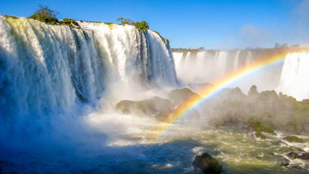 Cataratas de Iguazú en Argentina y Brasil