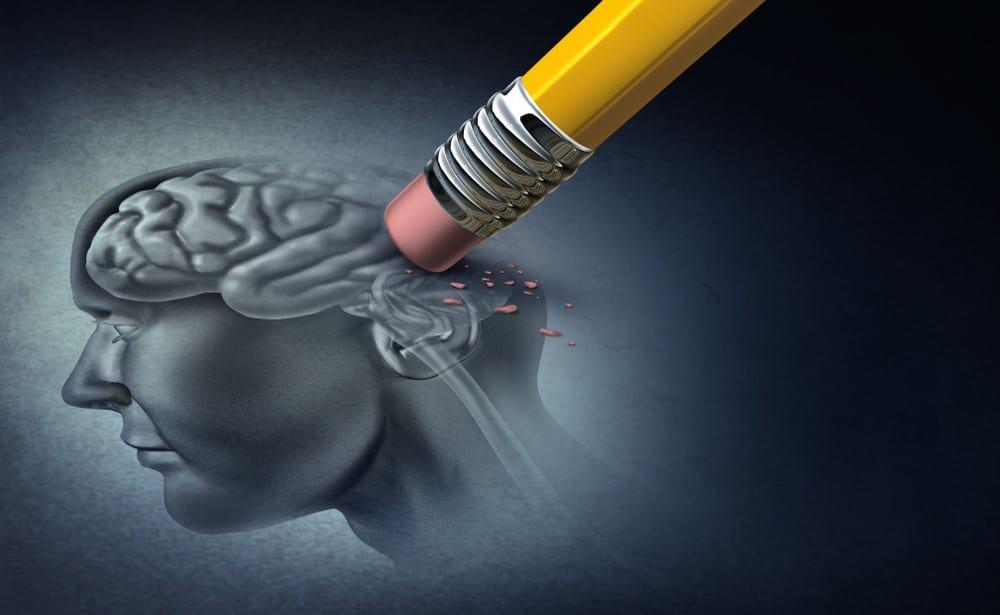 Alzheimer: 10 signos de alerta | IATI Seguros