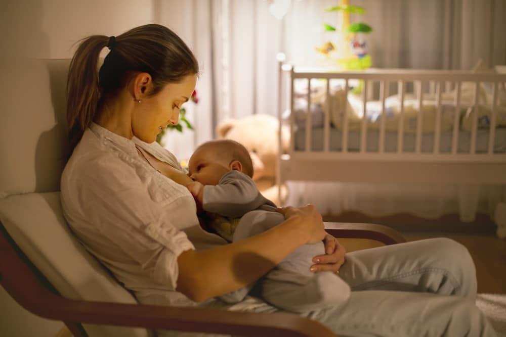 Lactancia materna: salud y protección para la madre y el bebé
