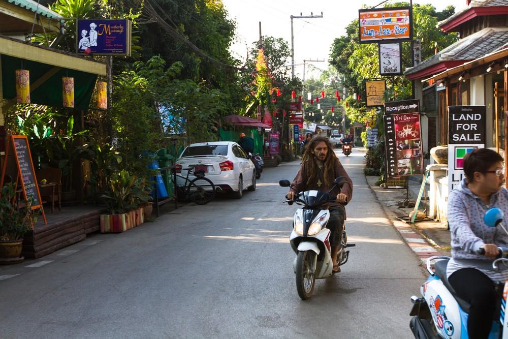 moverse por Pai, Tailandia