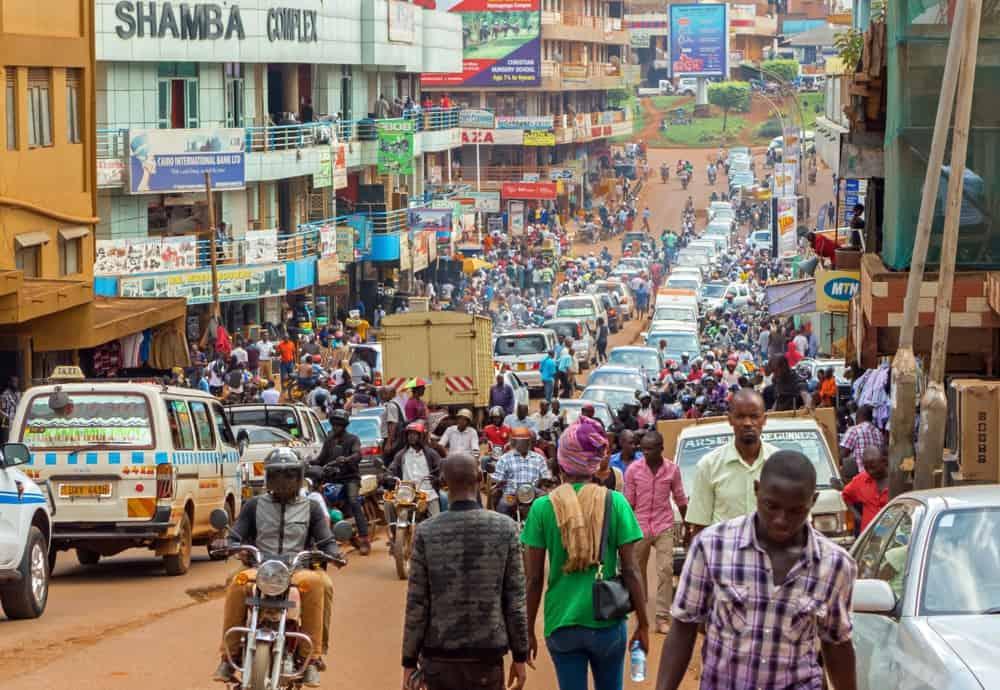 vacunas para viajar a Uganda