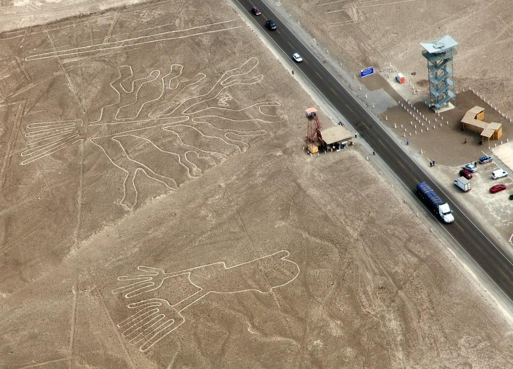 miradores en líneas de Nazca