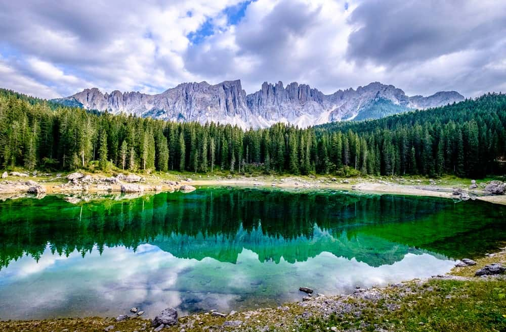 mejores lagos en los Dolomitas