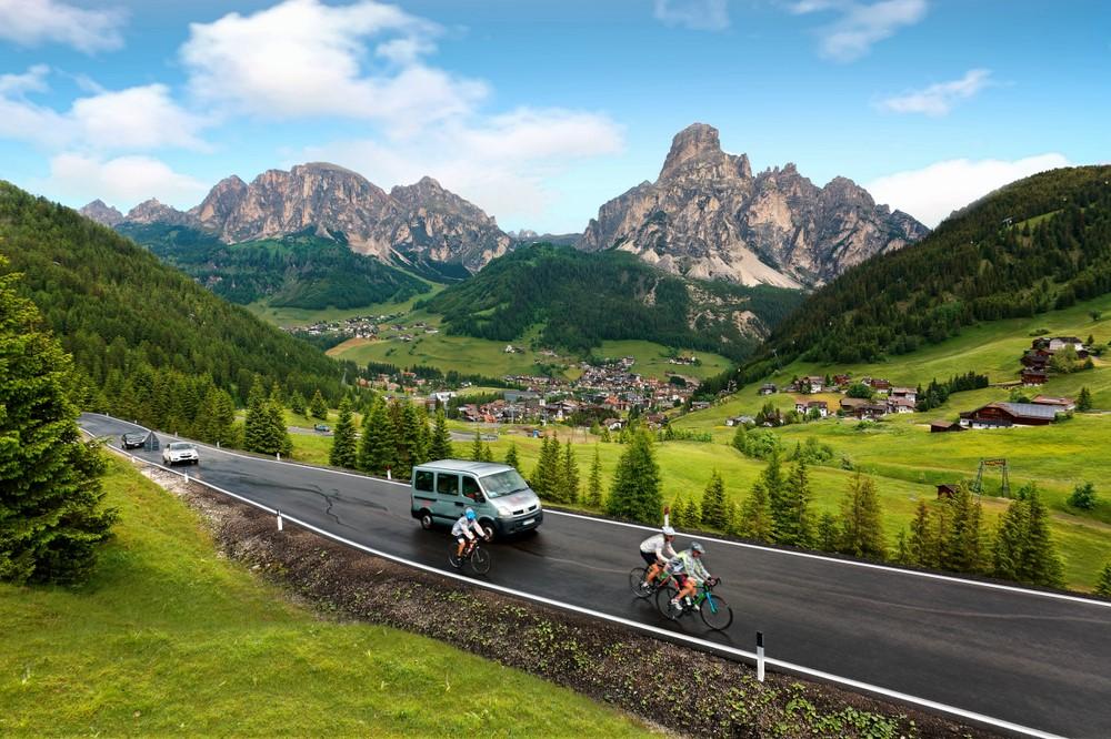 alquilar coche en Dolomitas