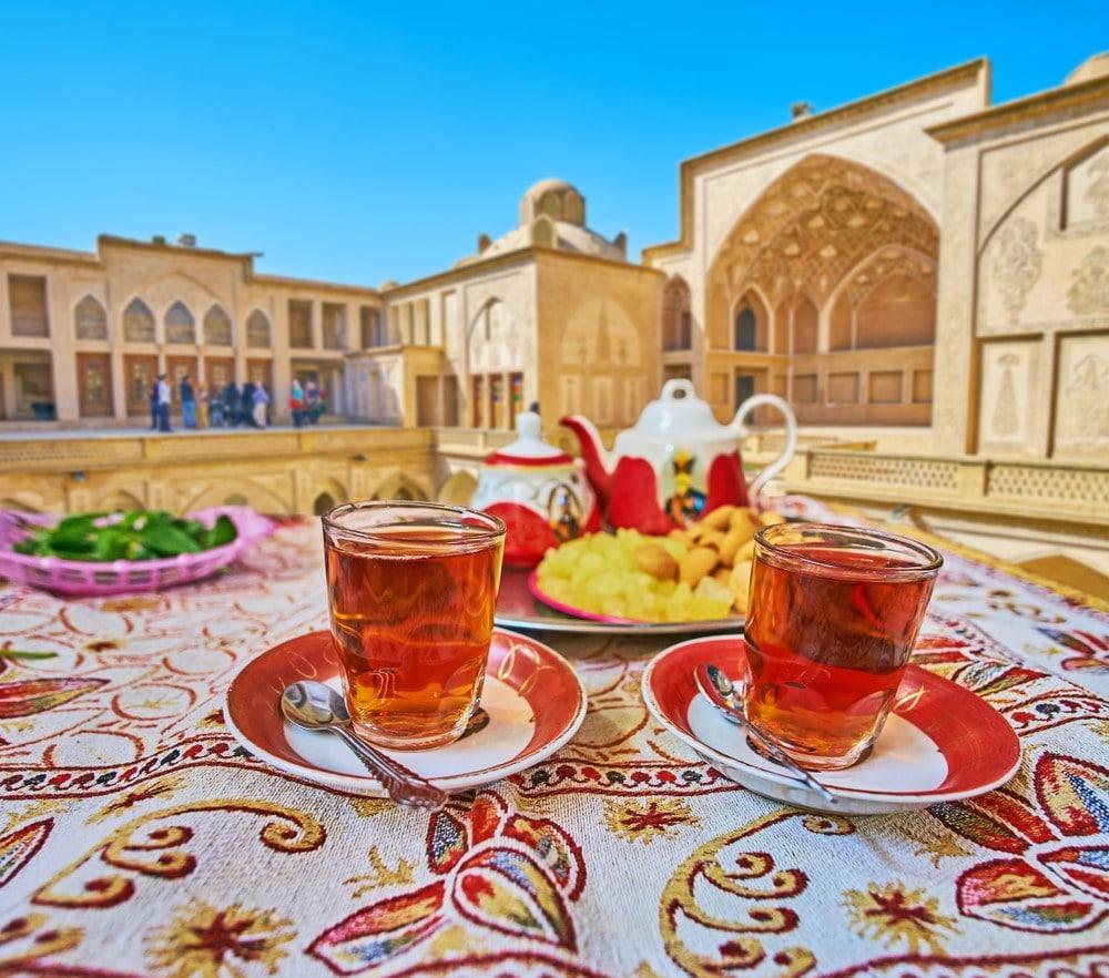es seguro viajar sola a Irán, mujeres viajeras