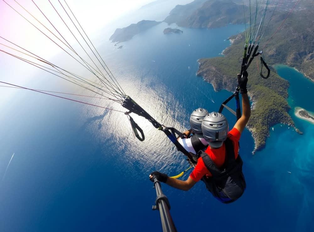 Parapente: consejos, modalidades, cursos y lugares donde saltar