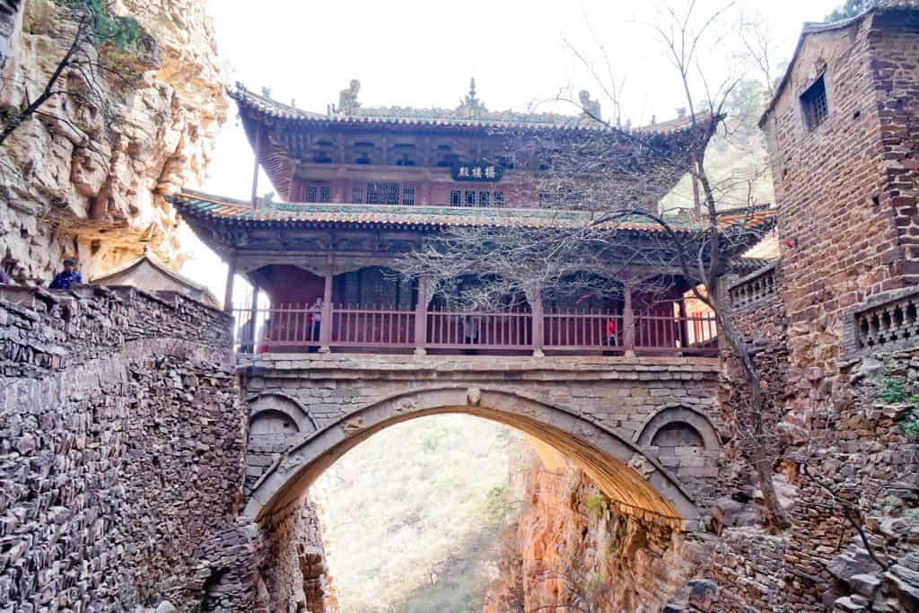 Viajes Chavetas: templo de Cangyan, China