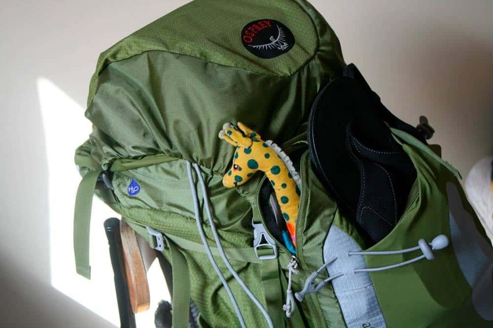 equipaje y mochila para un viaje al Sudeste Asiático