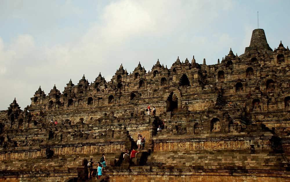 seguro para viajar a Indonesia