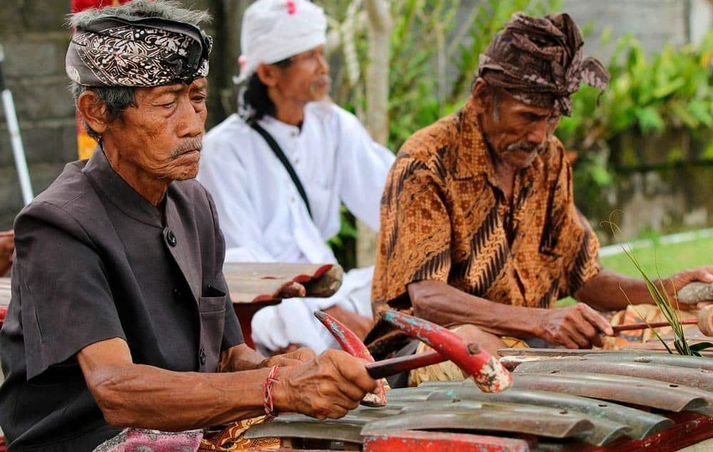 póliza internacional de viaje para Indonesia