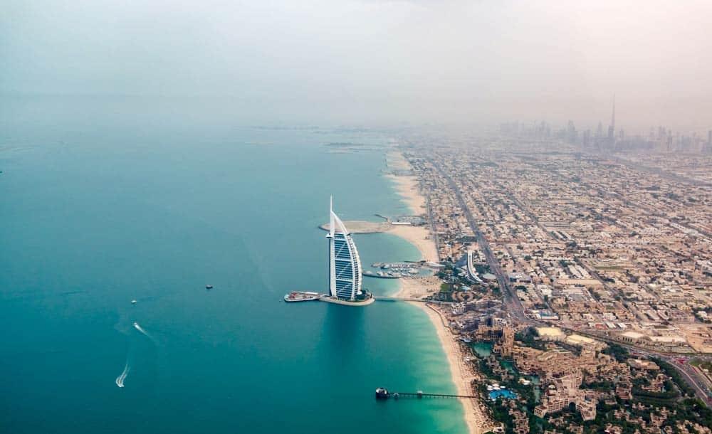 Es seguro viajar a Emiratos Árabes