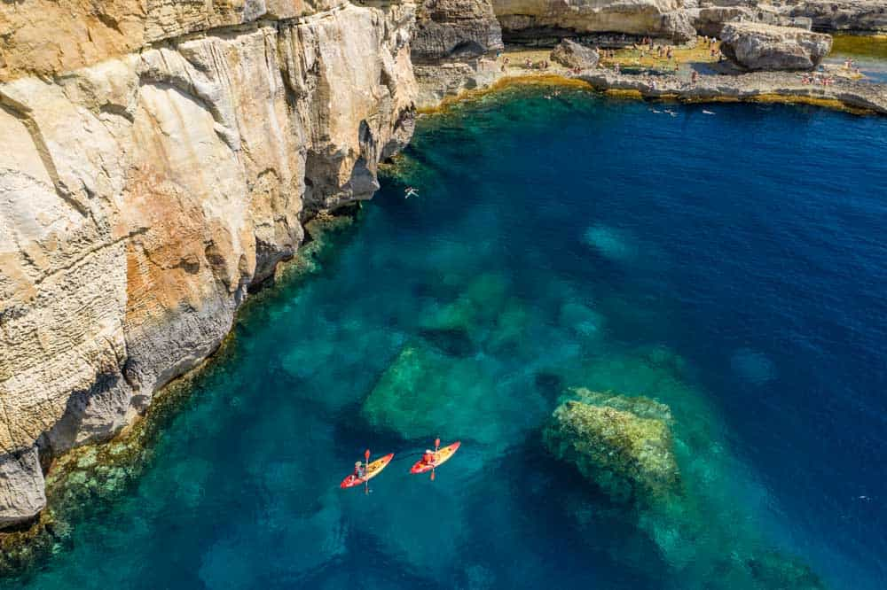 póliza internacional a Malta