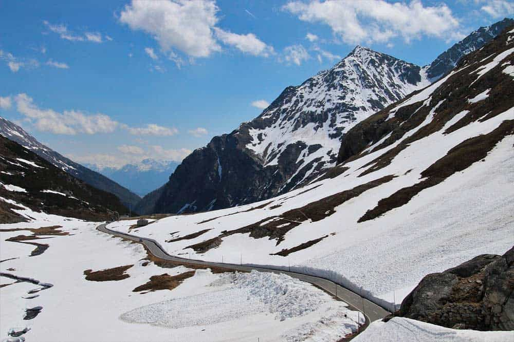 Requisitos y documentos para viajar a Suiza desde España