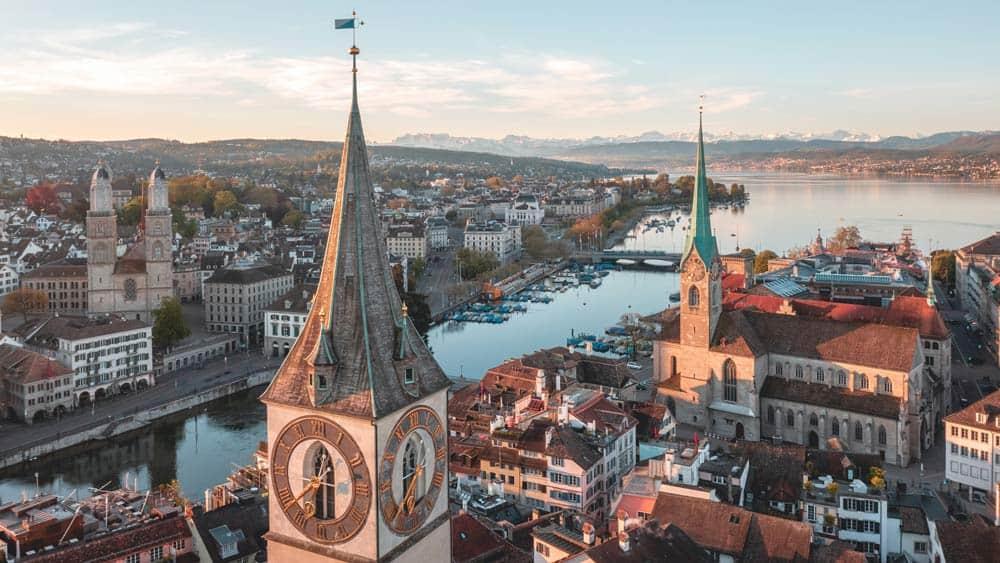 seguro médico internacional para Suiza