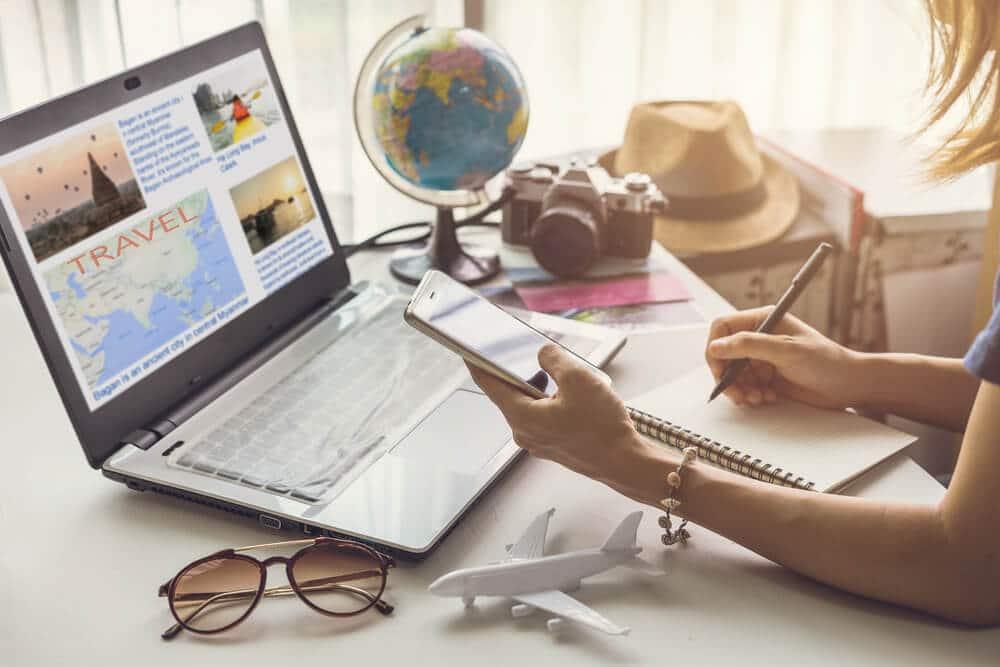 planificaçao de viagem no computador