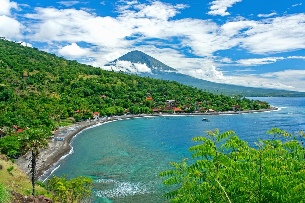 vistas do vulcão agung na regiao de amed em bali