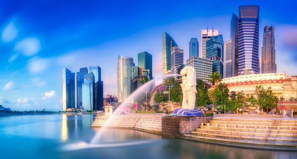 panoramica dos edificios da baía de singapura