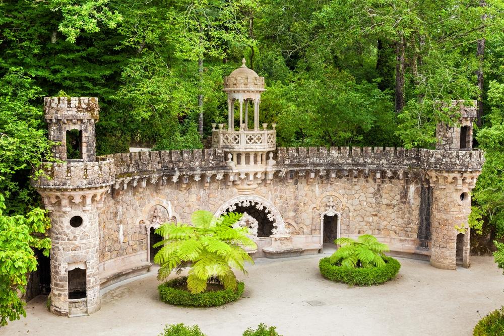 portao dos guardiaes, uma das entradas para o poço iniciático
