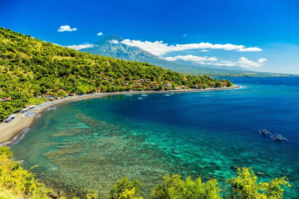 panoramica da praia azure na ilha de amed