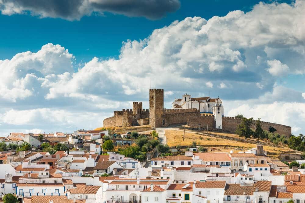 panoramica da cidade e castelo de arraiolos