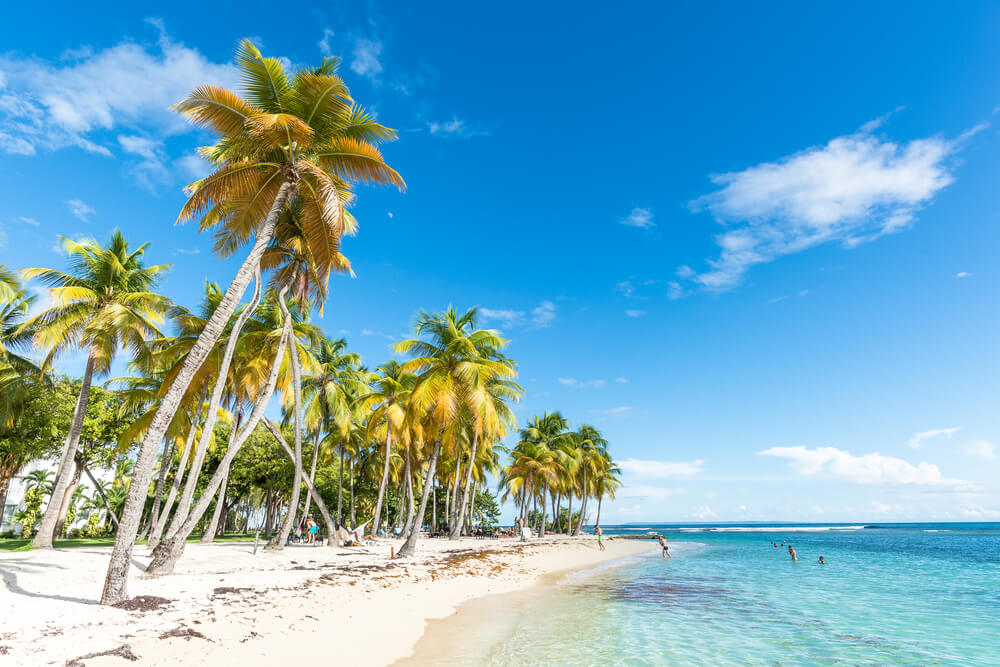 praia da caravela em sainte anne