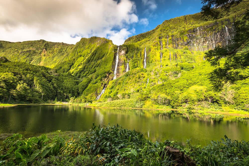 cascatas da ilha das flores