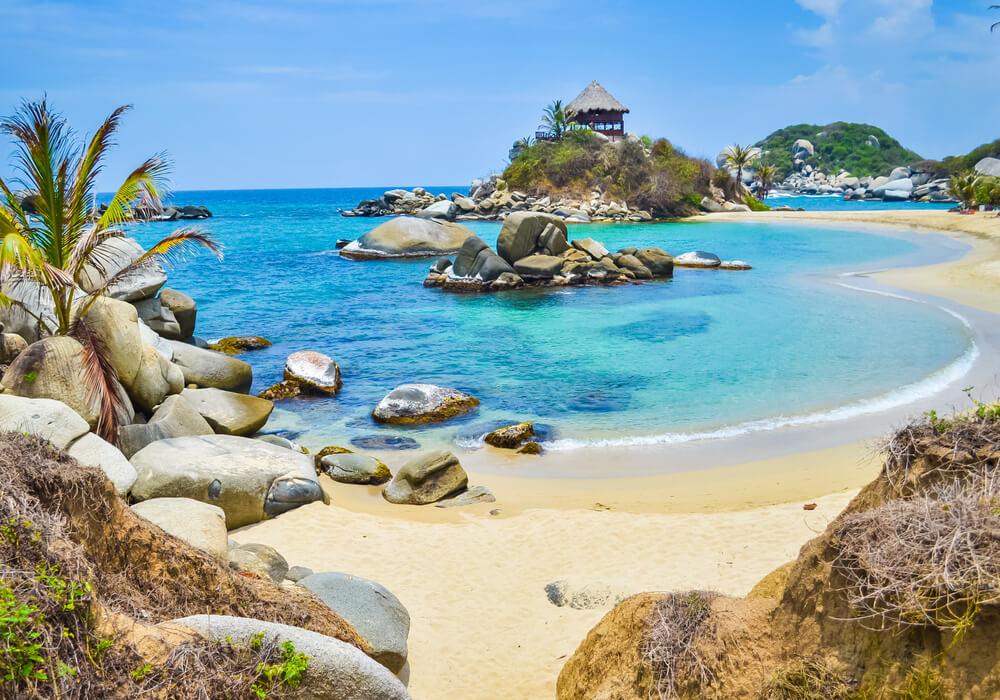 praia paradisiaca em tayrona