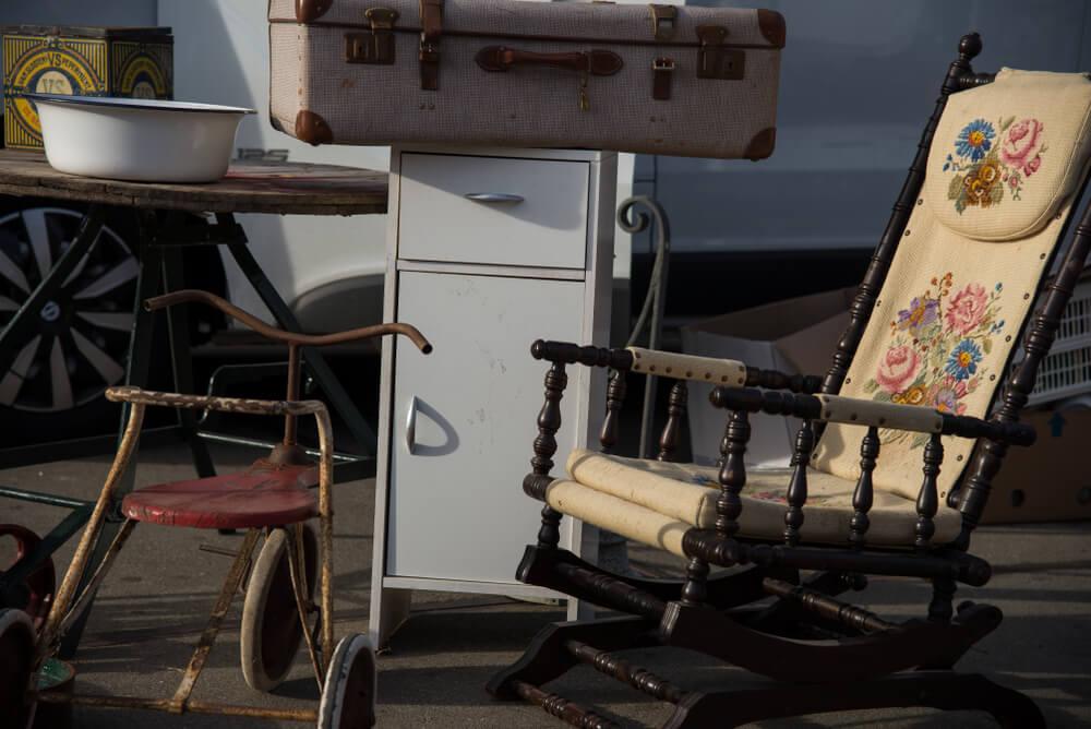 mobilia de segunda mao no mercado ij hallen