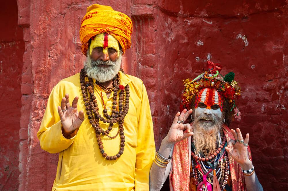 homens religiosos e sagrados sadhu