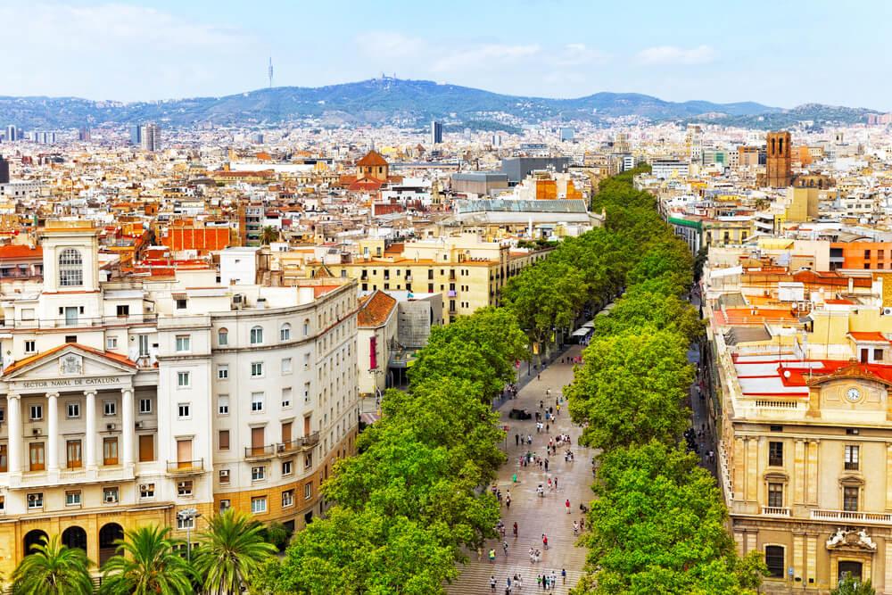 panoramica da cidade de barcelona desde o monumento de colon