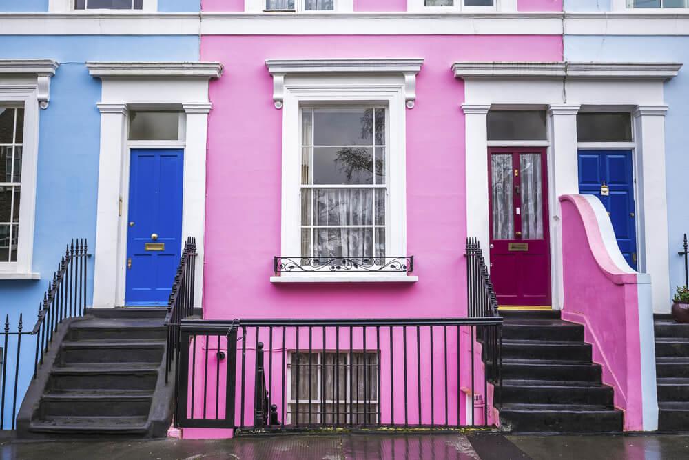 fachadas coloridas das casas de notting hill