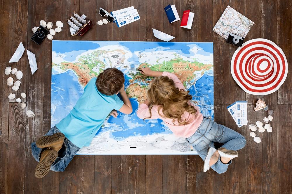 beneficios de viajar com crianças