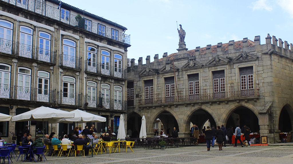Largo da Oliveira Guimarães