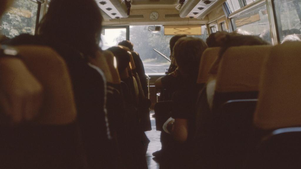 Viajar forma económica autocarro