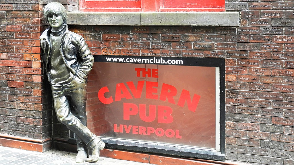 Cavern Club Bar Turístico