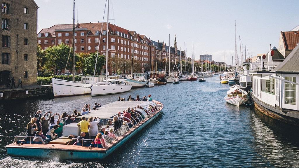 Boat tours em Copenhaga barco